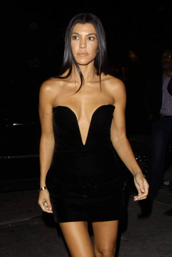 Kourtney Kardashian Workout Pics