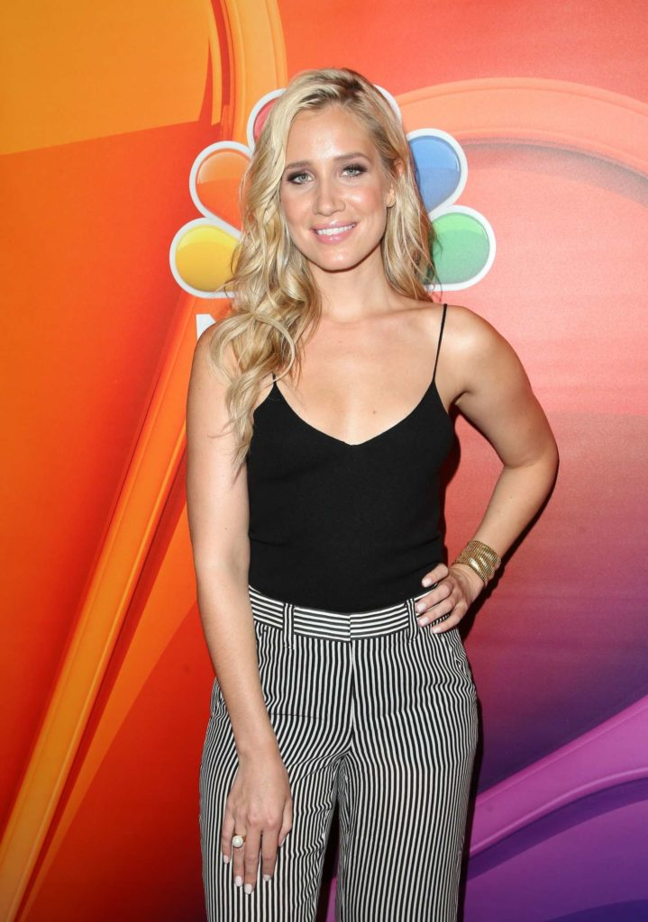 Kristine Leahy Hot Pictures