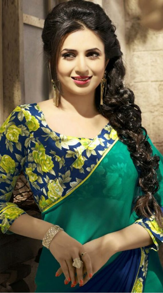 Divyanka Tripathi Saree Photos