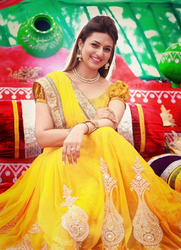 Divyanka Tripathi Yellow Clothes Pics