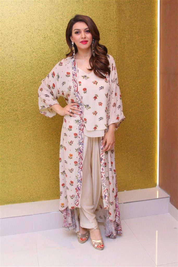 Hansika Motwani Gown Photos