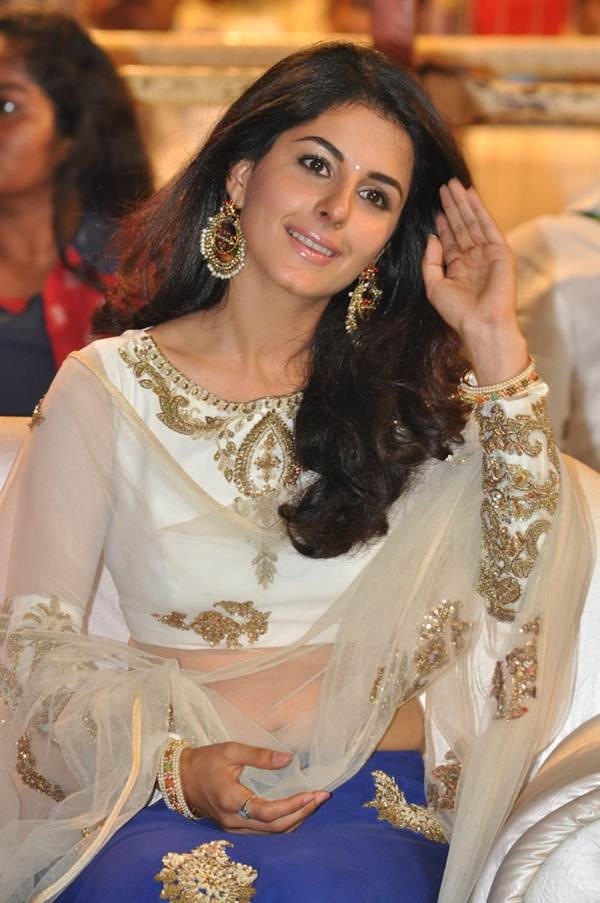 Isha Talwar Leaked Pictures