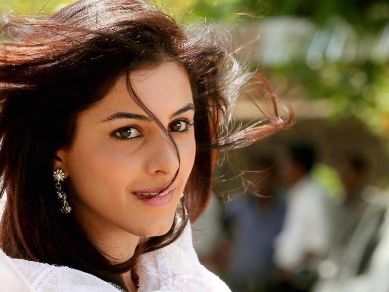 Isha Talwar Pictures Gallery