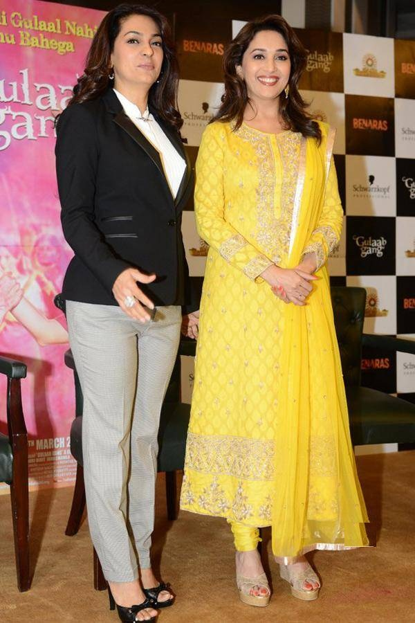 Juhi Chawla With Madhuri Dixit Pictures