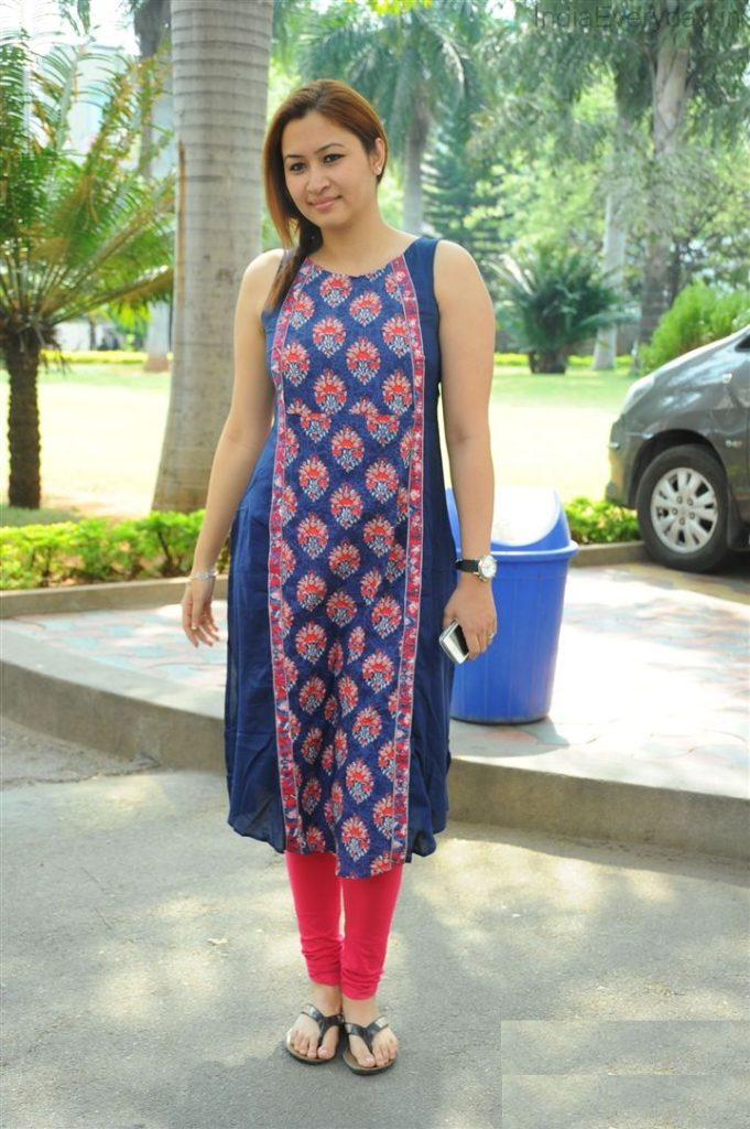 Jwala Gutta Salwaar Photos