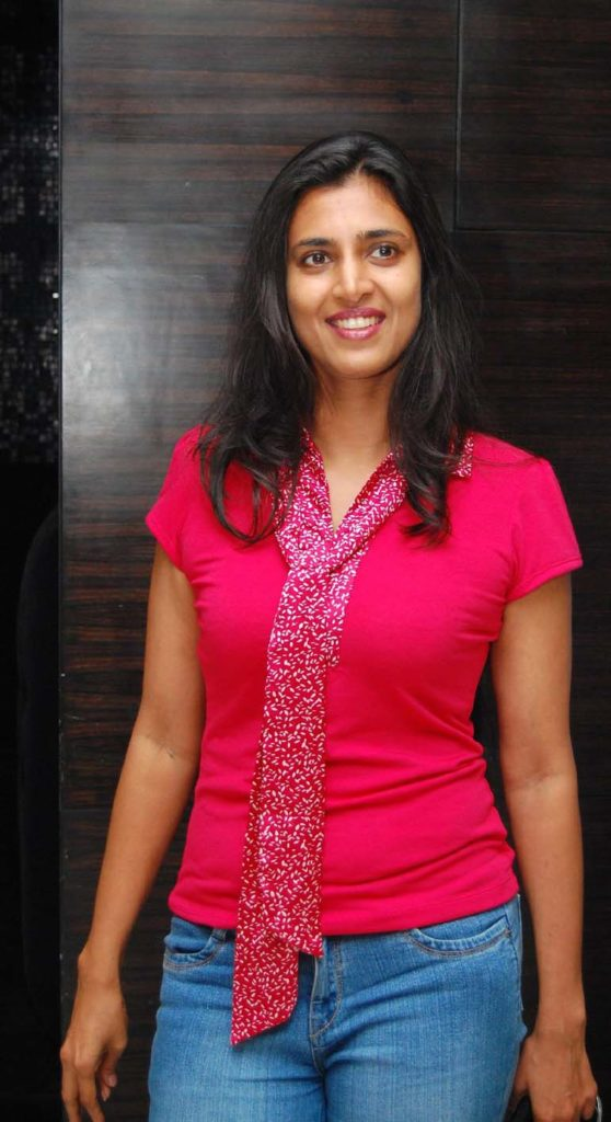 Kasthuri Jeans Pictures