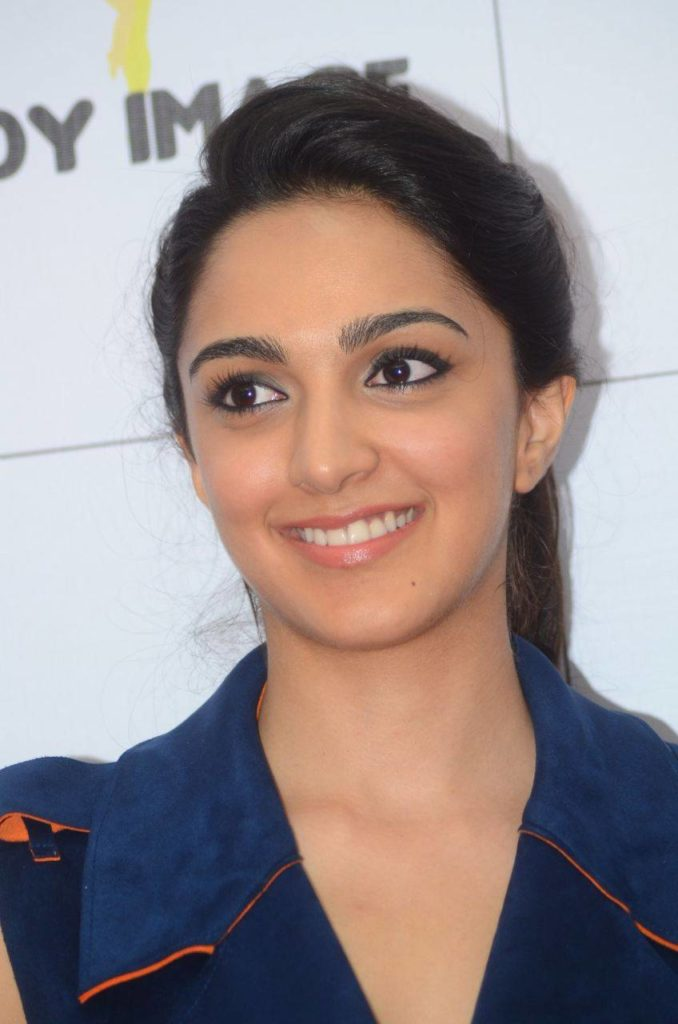 Kiara Advani Cute Smile Pics