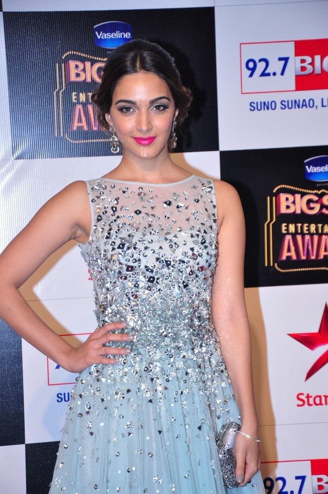 Kiara Advani Muscles Photos