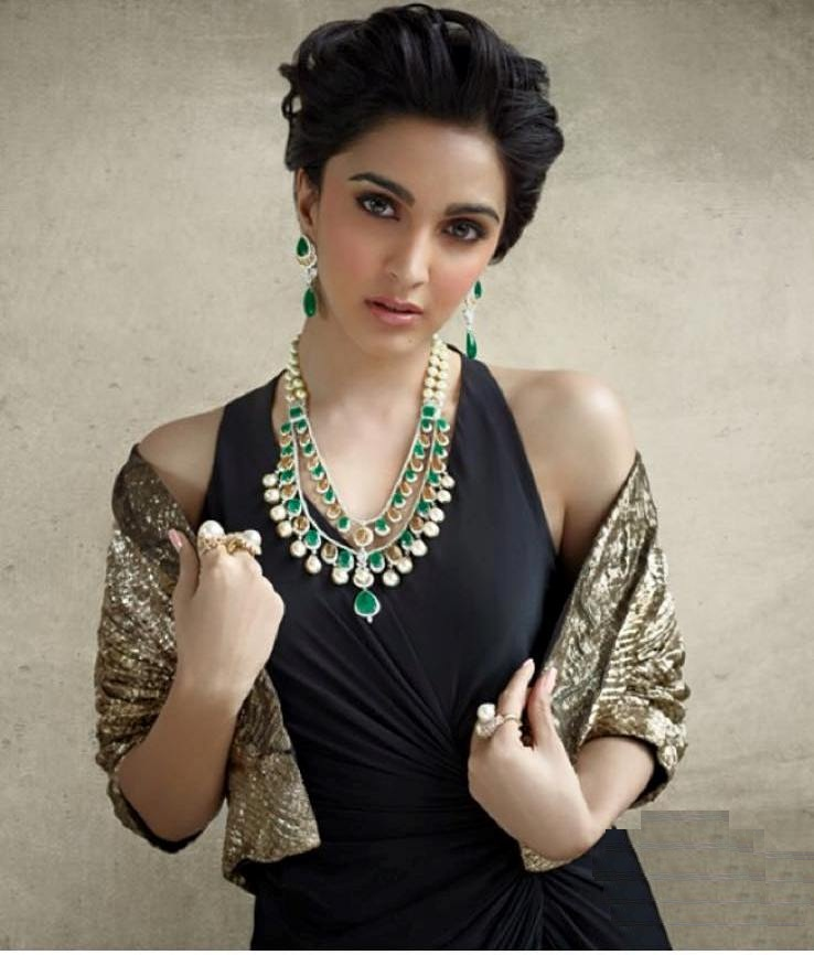 Kiara Advani Short Hair Images