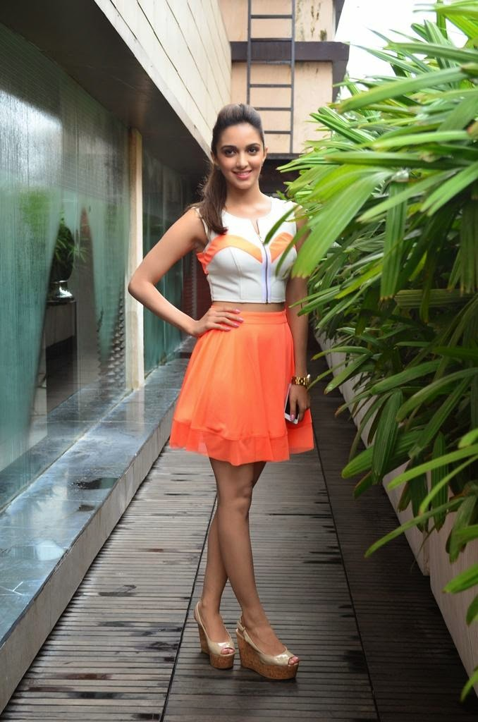 Kiara Advani Yoga Pants Pictures