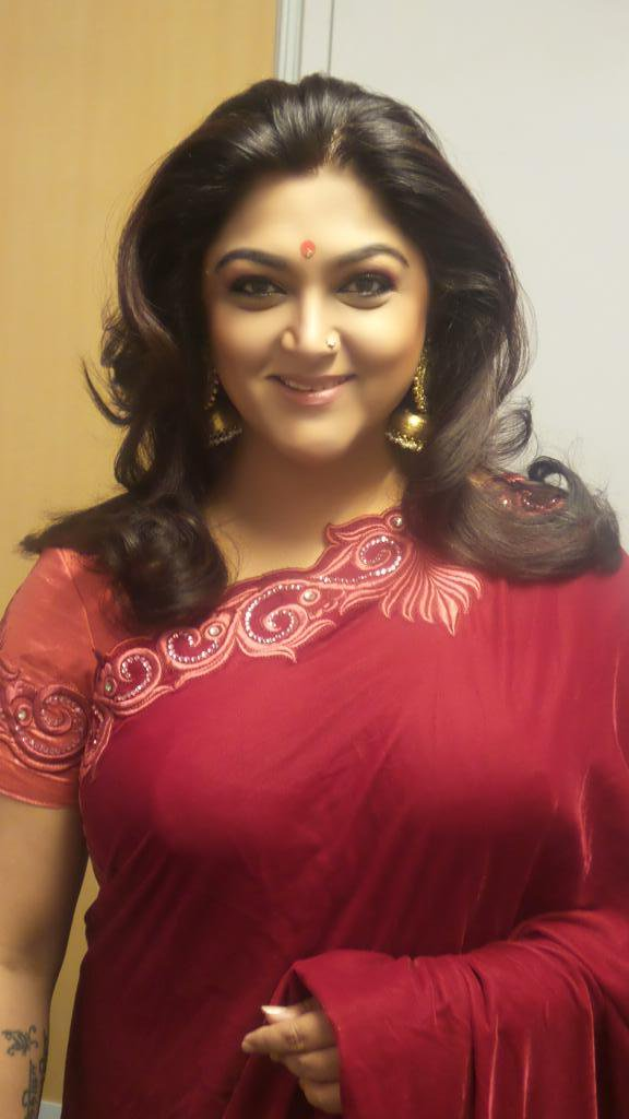 Kushboo Saree Pictures