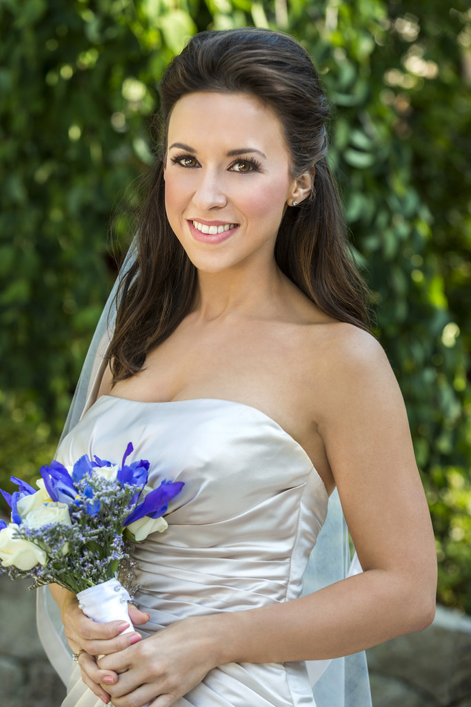 Lacey Chabert Cleavage Wallpapers