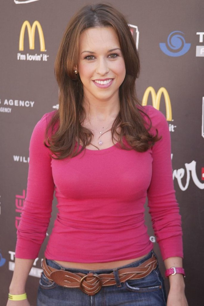 Lacey Chabert Jeans Wallpapers