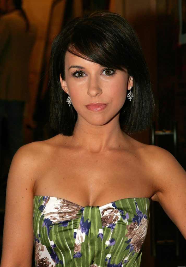 Lacey Chabert Sexy Images