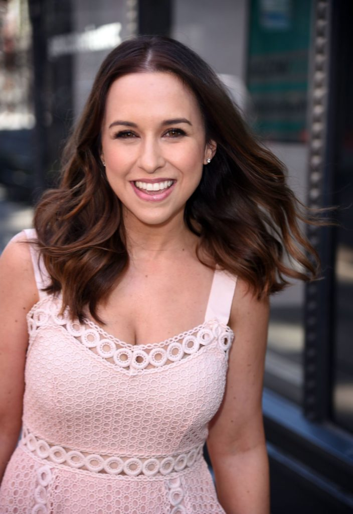 Lacey Chabert Smile Face Images