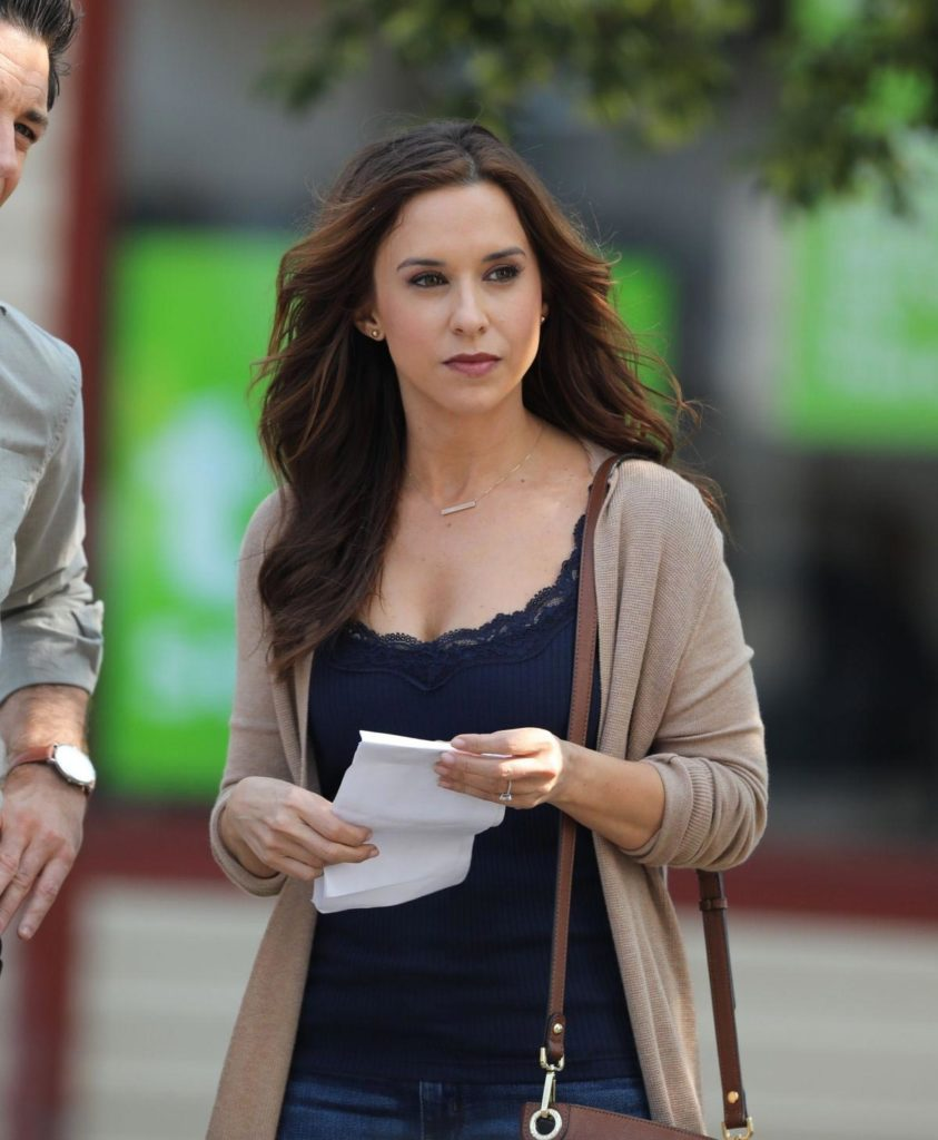 Lacey Chabert Without Makeup Images
