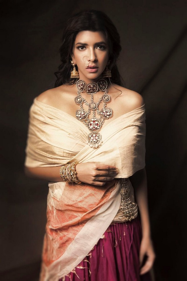 Lakshmi Manchu Topless Photos