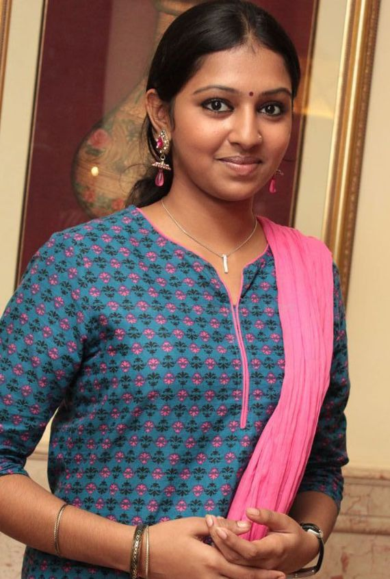 Lakshmi Menon Cleavage Images