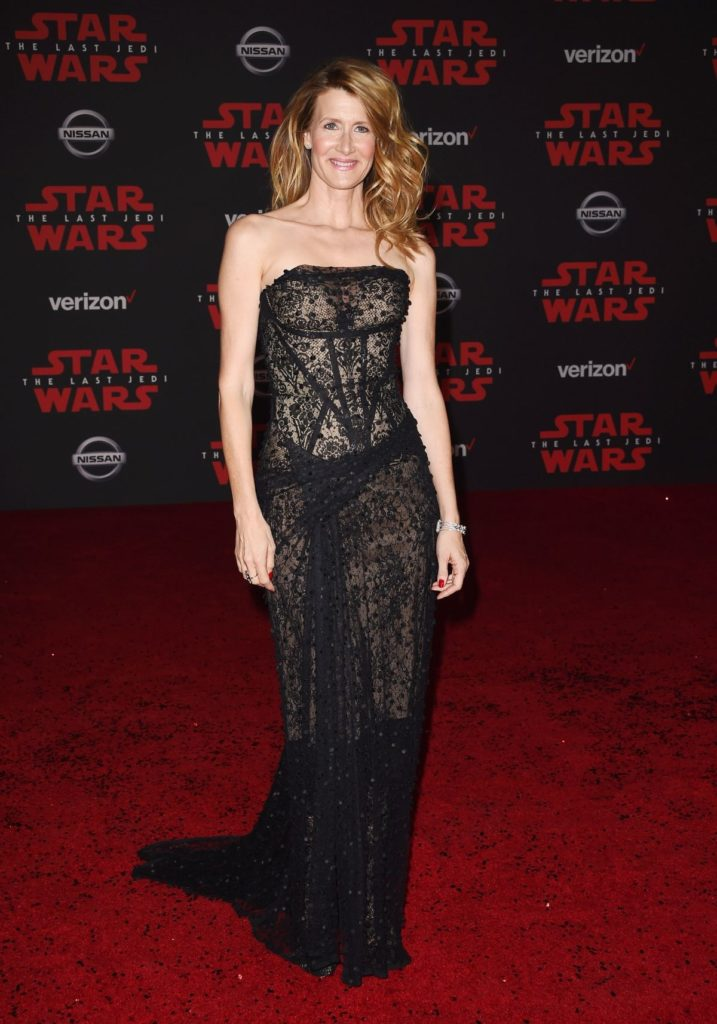 Laura Dern Gown Wallpapers