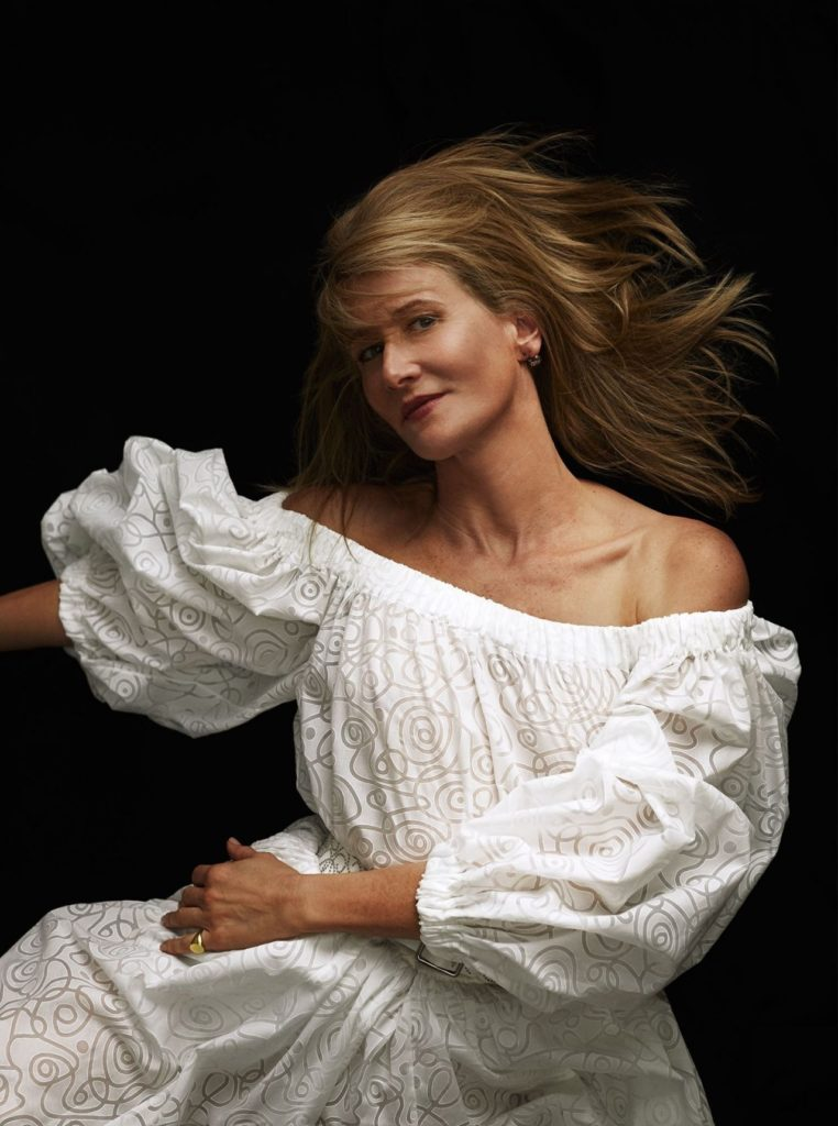 Laura Dern Images Gallery