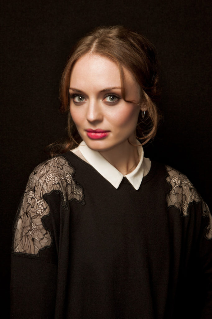 Laura Haddock Sexy Pictures