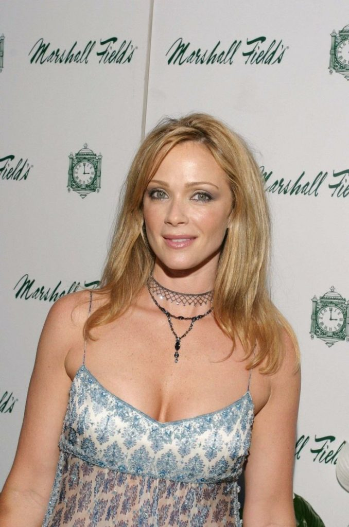 Lauren Holly Boobs Images