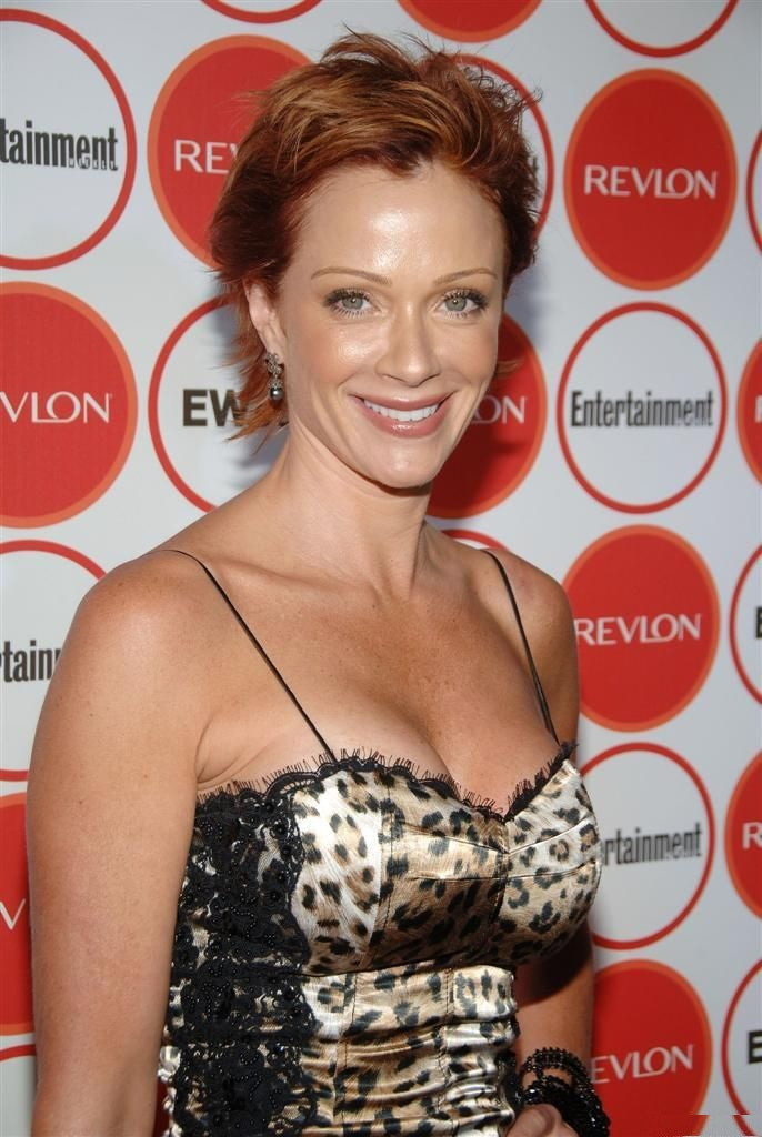 Lauren Holly Topless Images