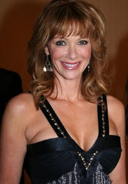 Lauren Holly Without Bra Images