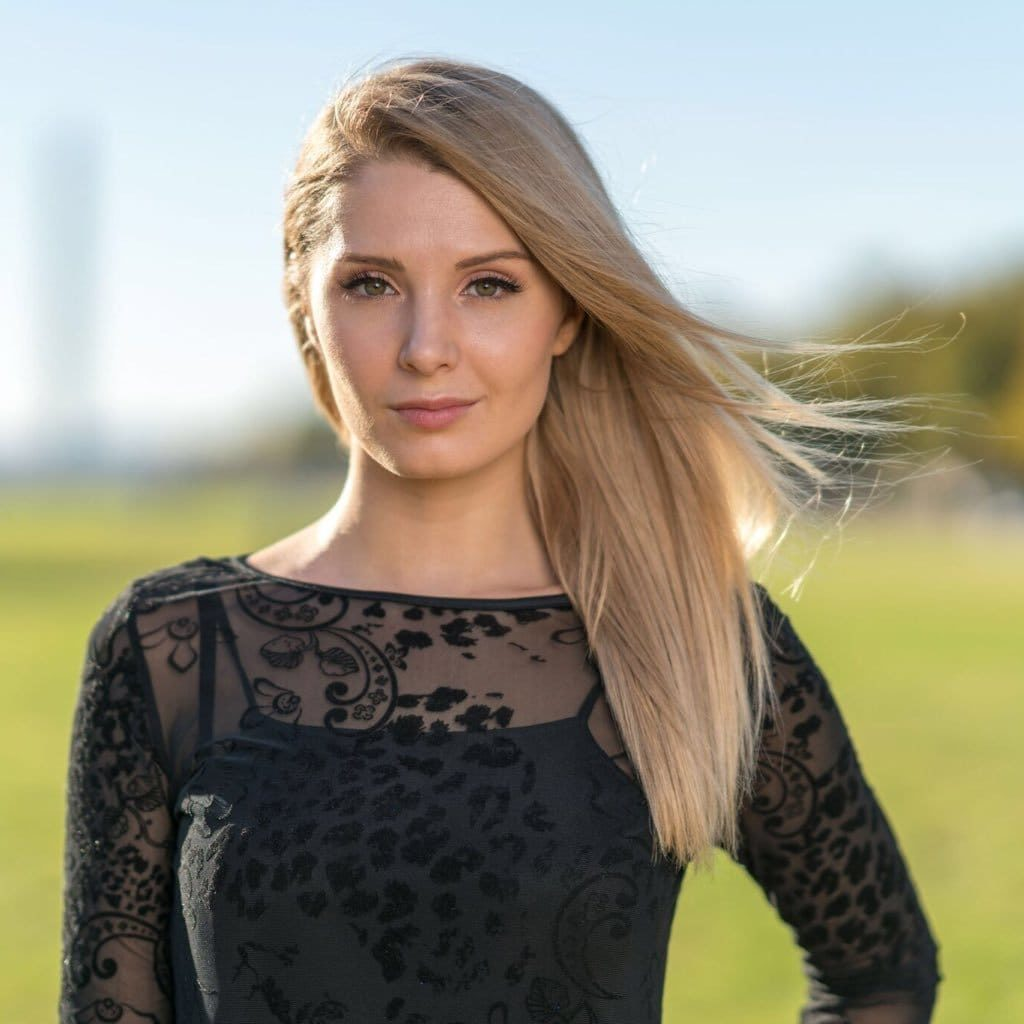 Lauren Southern Pictures
