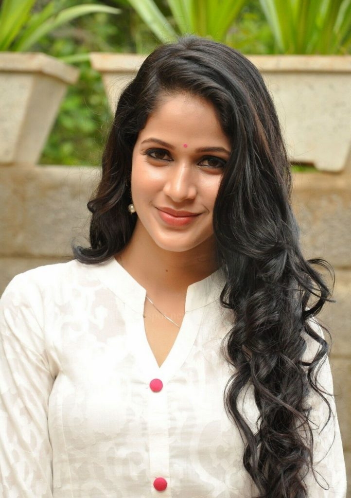 Lavanya Tripathi Sexy Eyes Pictures