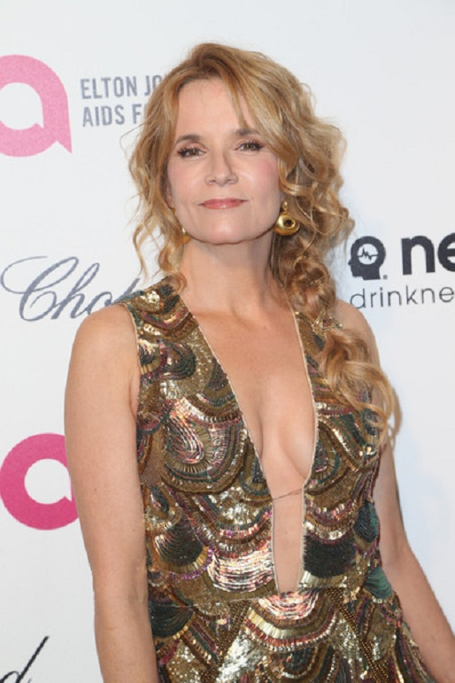Lea Thompson Boobs Pics