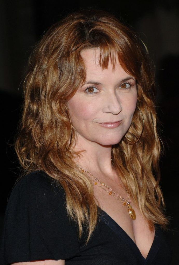 Lea Thompson Short Hair Images