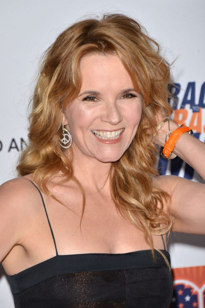 Lea Thompson Smiling Pictures