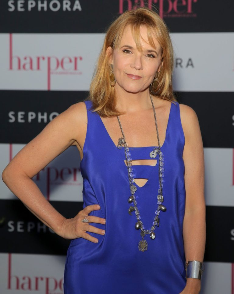 Lea Thompson Hot Bikini Pictures - Showing Her Sexy 1980s Looks