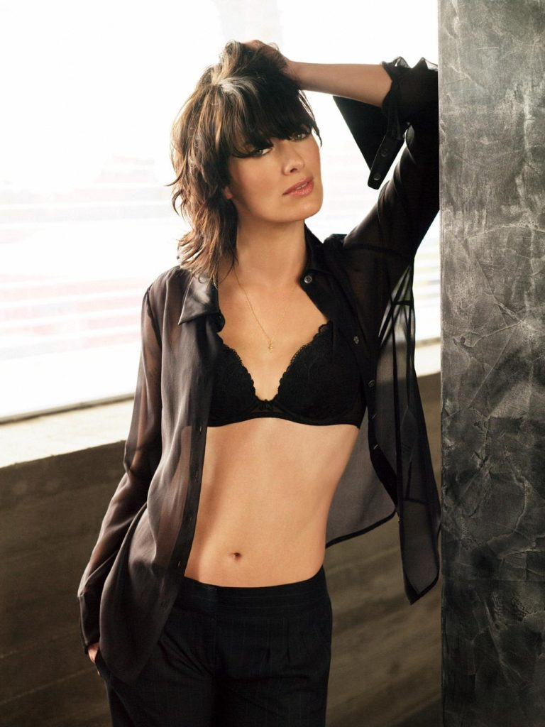 Lena Headey Bra Leggings Images