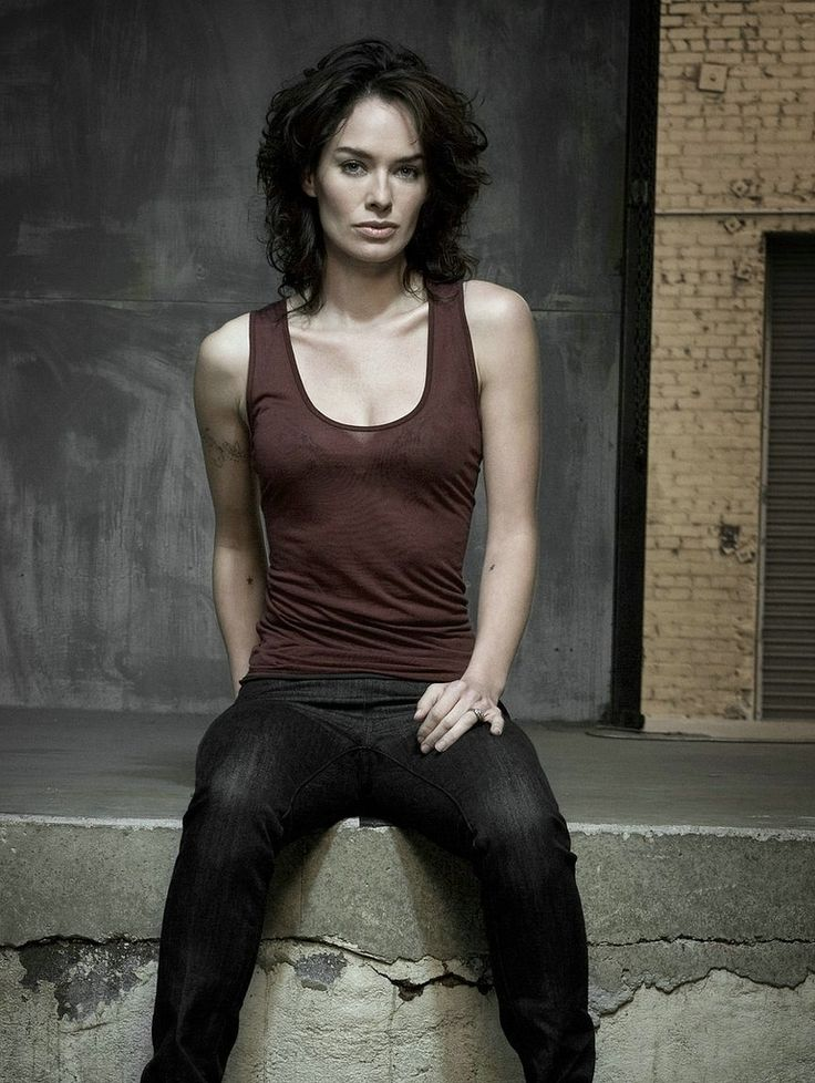 Lena Headey Jeans Wallpapers
