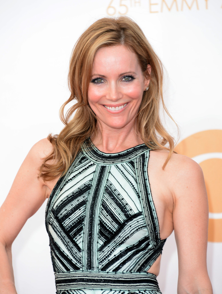 Leslie Mann Muscles Pictures