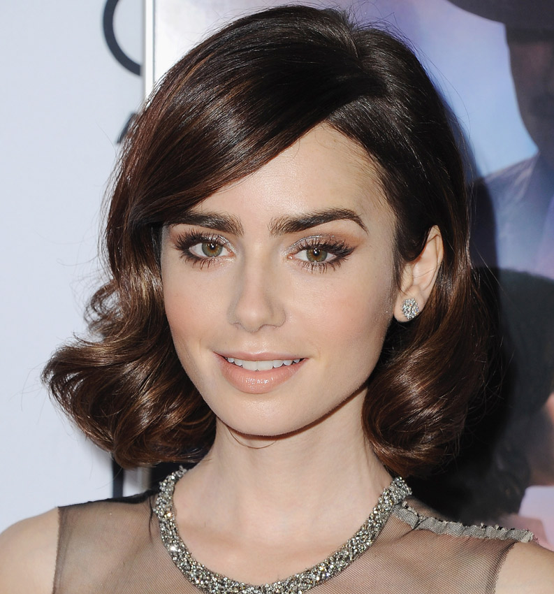 Lily Collins Smile Wallpapers