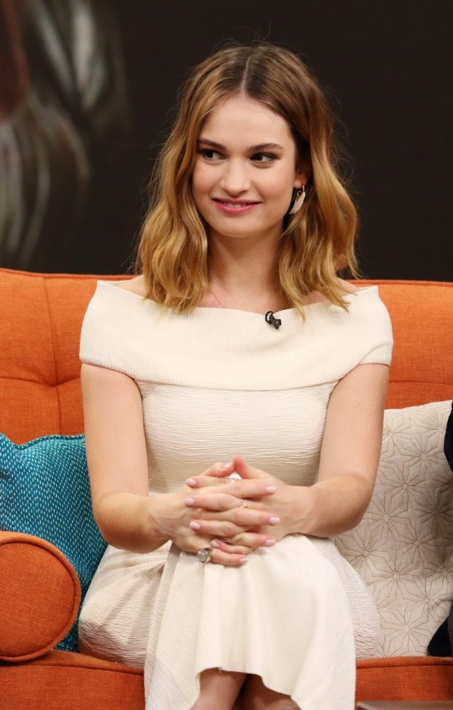 Lily James Short Hair Wallpapers