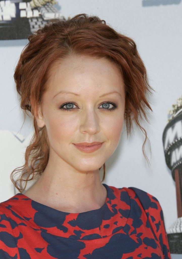 Lindy Booth Makeup Images
