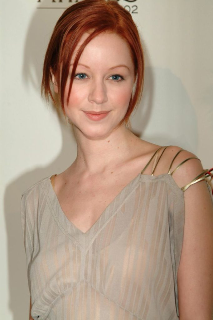 Lindy Booth Pics