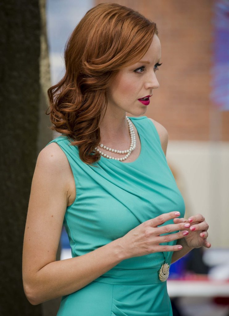 Lindy Booth Sexy Eyes Images