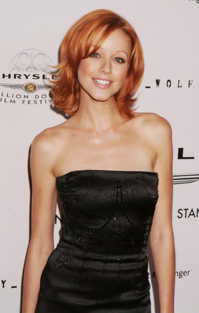 Lindy Booth Short Hair PIctures