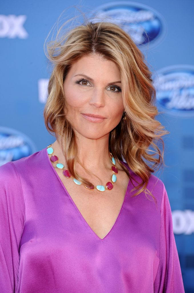 Lori Loughlin Pictures Gallery