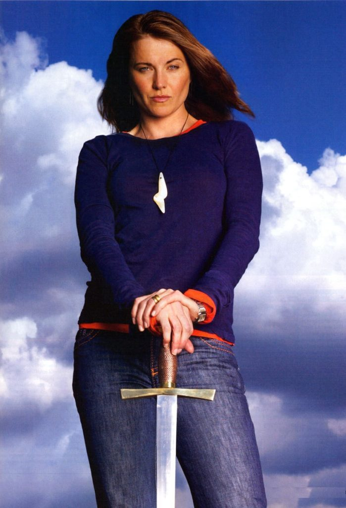 Lucy Lawless Jeans Pics