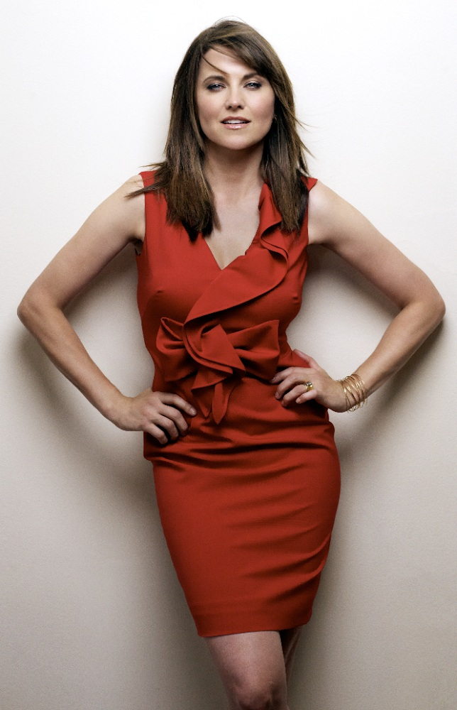 Lucy Lawless Legs Images