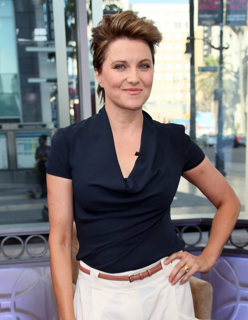 Lucy Lawless Short Hair Images