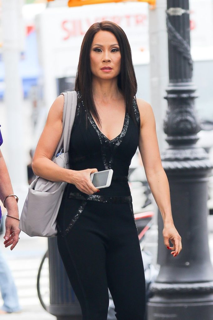 Lucy Liu Jeans Images