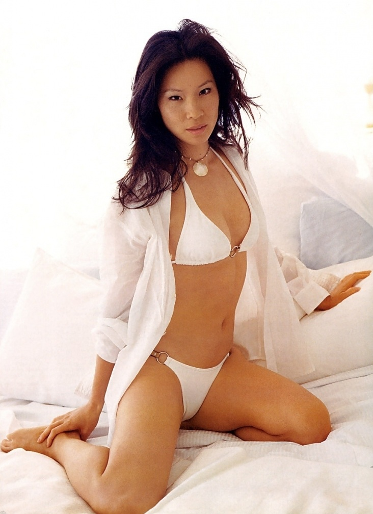 Lucy Liu Undergarments Images