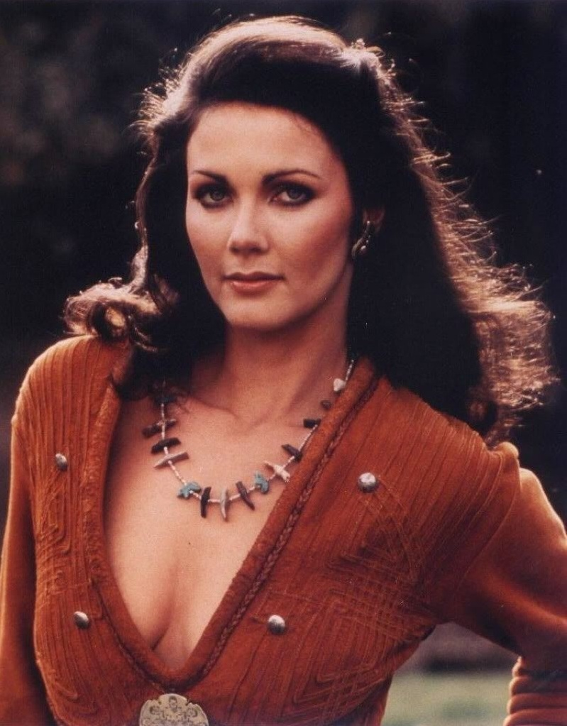 Lynda Carter Cleavage Images